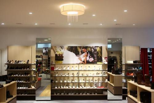 Neundling Schuhmoden - Shopbeleuchtung (1)